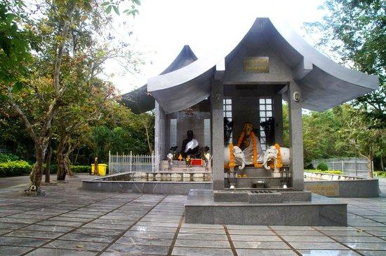 Wat Yansangwararam:                   Gebetstempel.