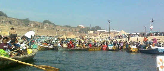 Sangam water not fit for bathing LAND,WATER,AIR—ALL POLLUTED IN ALLAHABAD