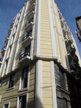 Tayhan Hotel : beck side hotel