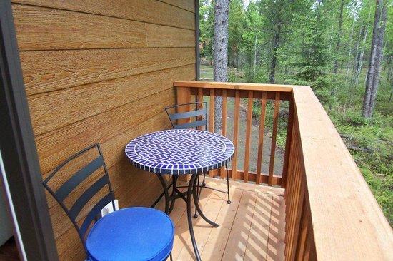 Historic Tamarack Lodge: Private balcony of Lofted Cabin.