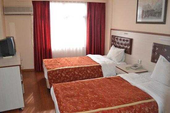 Tayhan Hotel: room