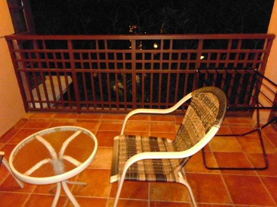 كلوب ماهندرا ماديكري كورج:                   Room Balcony                 