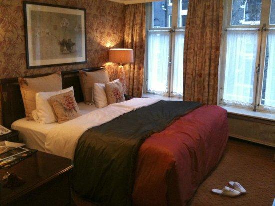 Hotel Estherea: chambre