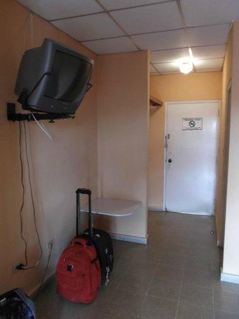 Hotel Dos Continentes :                   Chambre 610 au 3 février 2013.