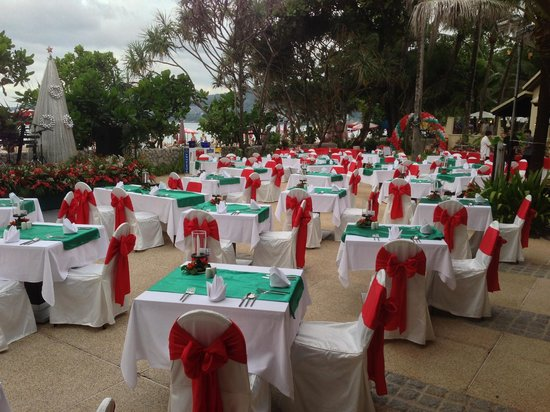 Impiana Resort Patong Phuket: Getting ready for Christmas diner