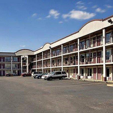 Magnuson Hotel Montgomery