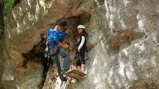 Camping Brantome Peyrelevade: Escalade près du camping