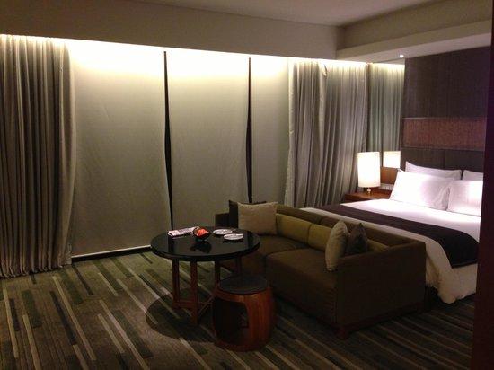 Hansar Bangkok Hotel: Room