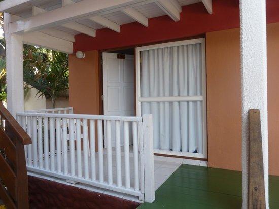 Decameron San Luis: La habitacion desde afuera...