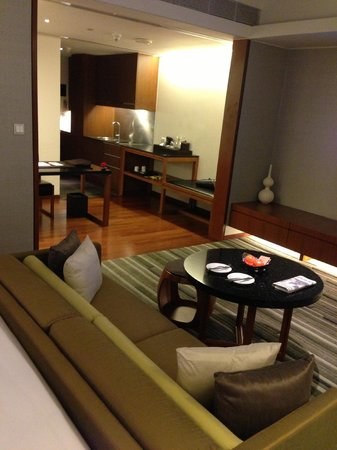 Hansar Bangkok Hotel: Room -2