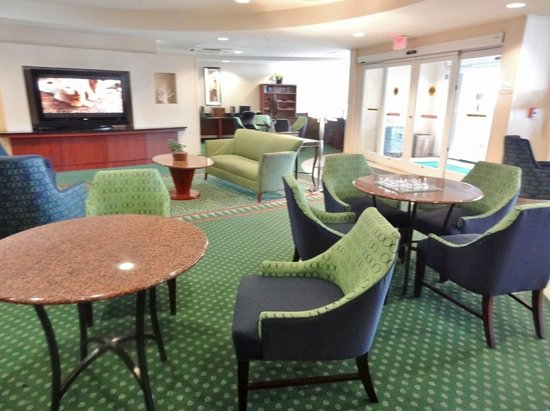 Courtyard by Marriott Jacksonville Beach Oceanfront: Public area