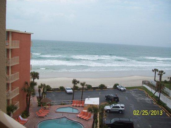 ليكسينجتون إن آند سويتس دايتونا بيتش: view from our room