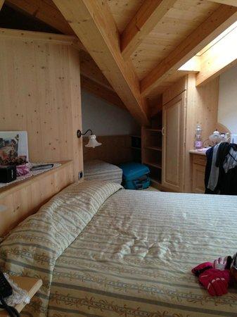 El Sangon :                   our room