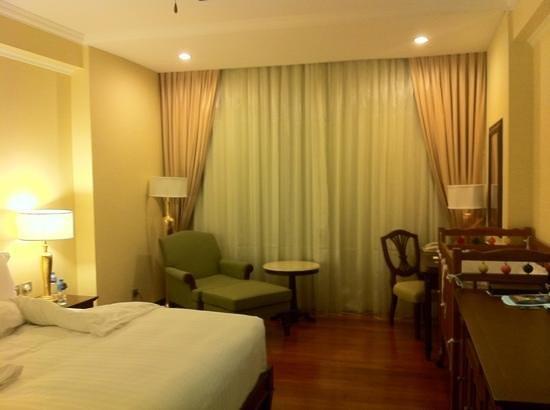 Sofitel Phnom Penh Phokeethra: room