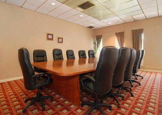 Quality Inn Stroudsburg: Meeting Room