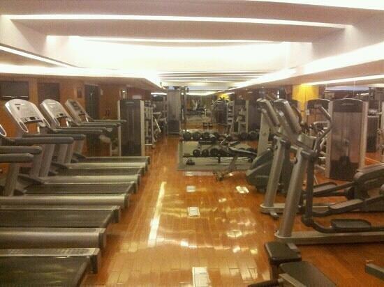 The Westin Dhaka: hotel gym