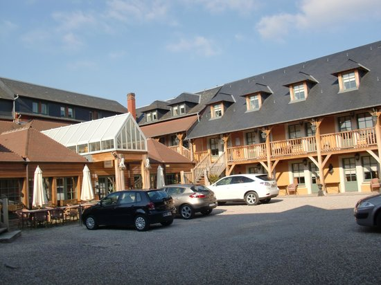 Piscine picture of hotel et spa le lion d 39 or pont l - Piscine pont l eveque ...