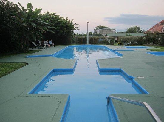 Hotel Villa Fortuna :                   Pool area