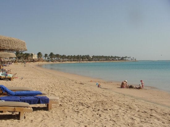 SENTIDO Palm Royale:                   just a small shot of the great beach