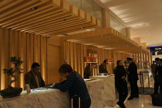 DoubleTree by Hilton Hotel Kuala Lumpur: Lobby area