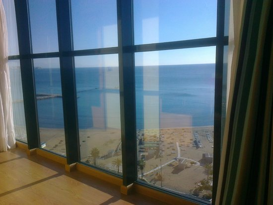 Florida Spa:                   Sea view through window in room 1216