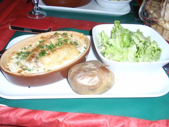 Le Bivouac:                   le roulé savoyard ..creation du chef à deguster