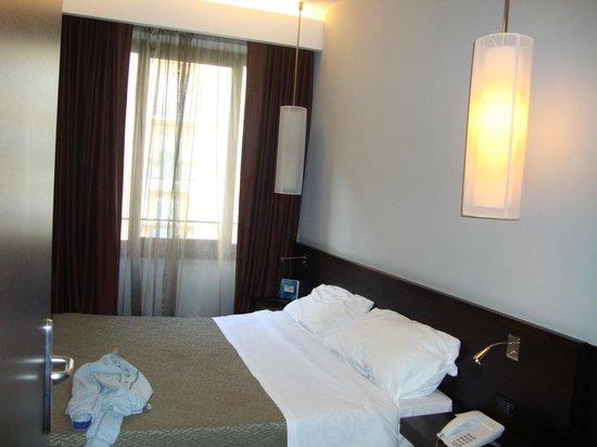 Hotel Re di Roma:                   Quarto - Janela exterior