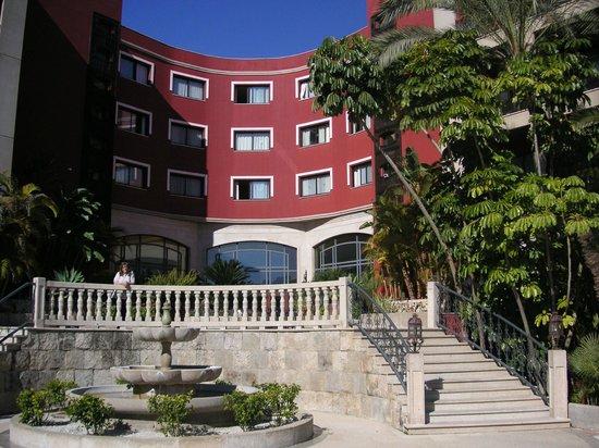 Barcelo Marbella: Hotel Gartenbereich