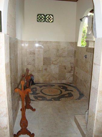 Alam Jiwa:                   Casa de banho