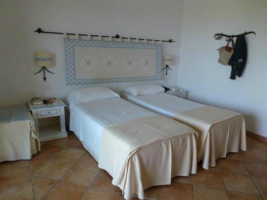 Hotel Costa Caddu: chambre