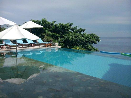 椰子海灘假日酒店照片