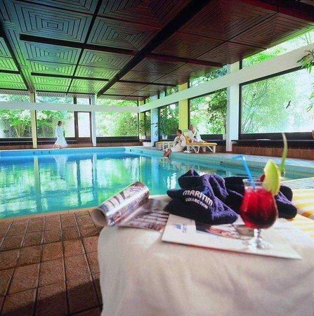 swimming pool. Black Bedroom Furniture Sets. Home Design Ideas