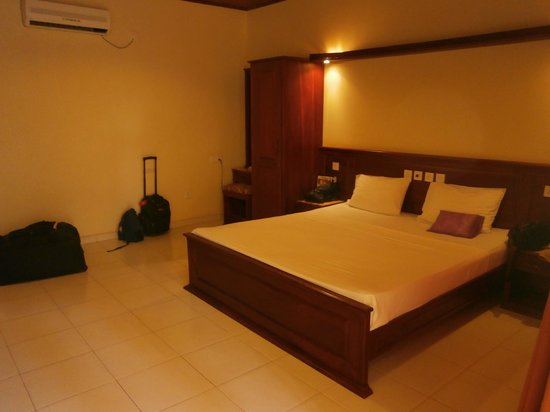 Pelwehera Village Resort: Room 126 very spacious