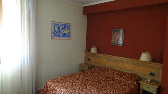 Santa Caterina:                   good bed :-)
