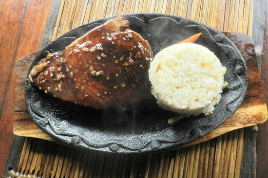 Puerto Pension: Fish fry with rice