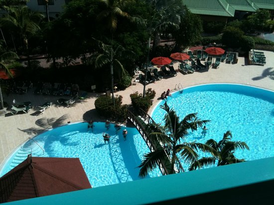 Sonesta Maho Beach Resort, Casino & Spa: pool