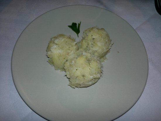 Circolo Ricreativo Tapigliano:                                     insalatina di merluzzo con patate