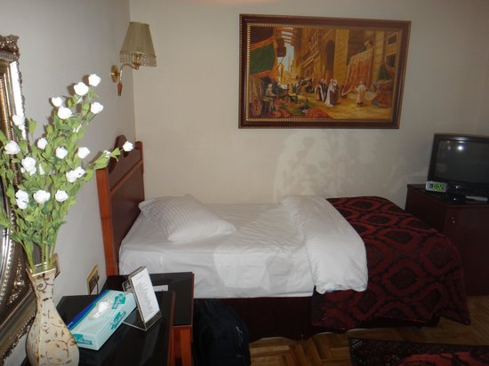 Amber Hotel:                   Single bed in triple room.