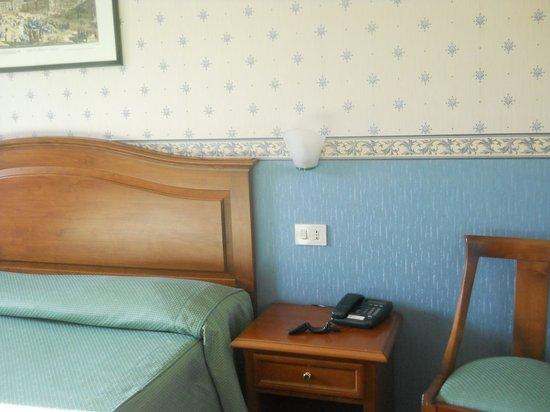 Adriatic Hotel:                   La camera