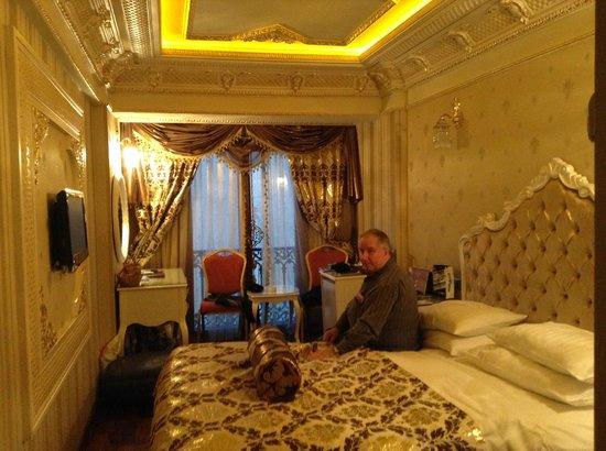 Deluxe Golden Horn Sultanahmet Hotel:                   Room