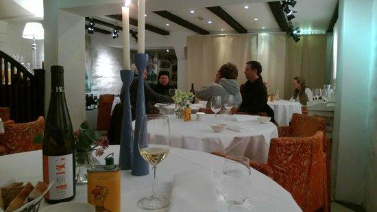 Colonialen Restaurant:                   Cosy