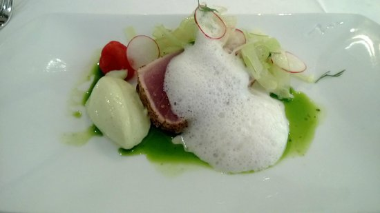 Colonialen Restaurant:                   Grilled tuna with horseradish foam