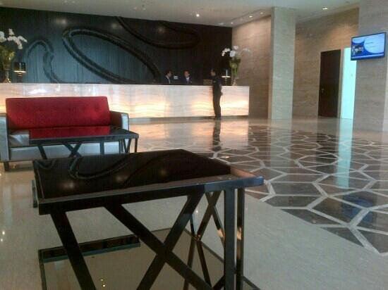 JS Luwansa Hotel and Convention Center:                   The Lobby