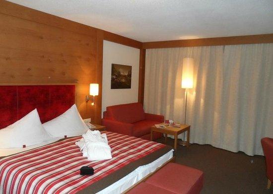 Hotel Wöscherhof:                   Doppelbett und Ausziehcouch