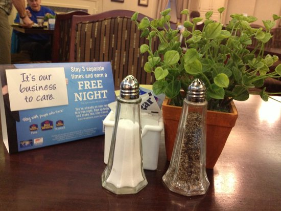 Best Western Plus Heritage Inn:                   nice touch on the table
