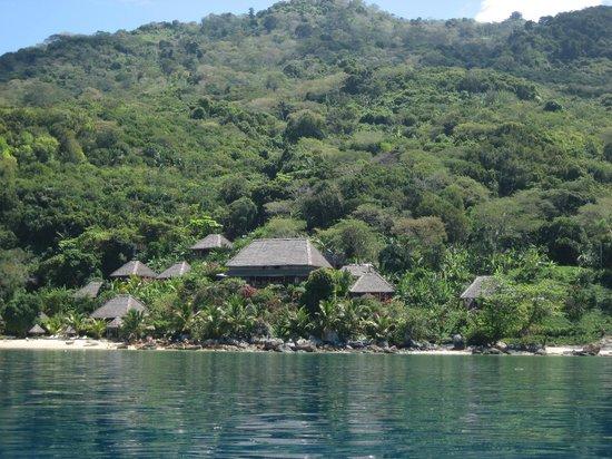 Nosy Komba Lodge:                   Vue depuis la pirogue