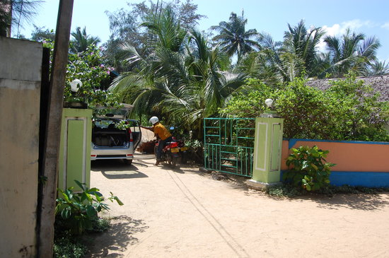 Midbay Guesthouse: Parking zone