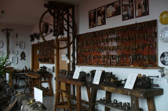 Museo della Pipa:                                     Utensili