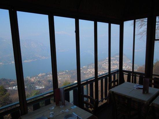 La terrazza fantastica - Picture of Trattoria Baita Belvedere ...
