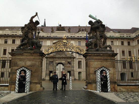 Hotel Julian:                   Entrance to the Prague Castle